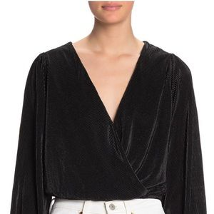 NEW| ASTR the Label Plisse Long Sleeve Wrap Top